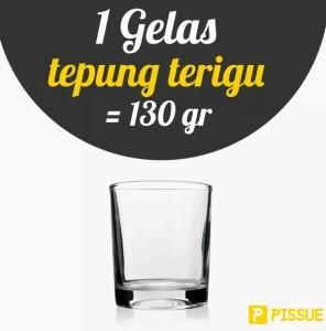 1 gelas tepung terigu